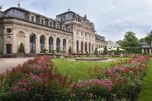 Maritim Am Schlossgarten Hotel