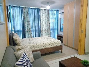 picture 3 of Attractive 1BR with WiFi near Grand Hyatt Hotel
