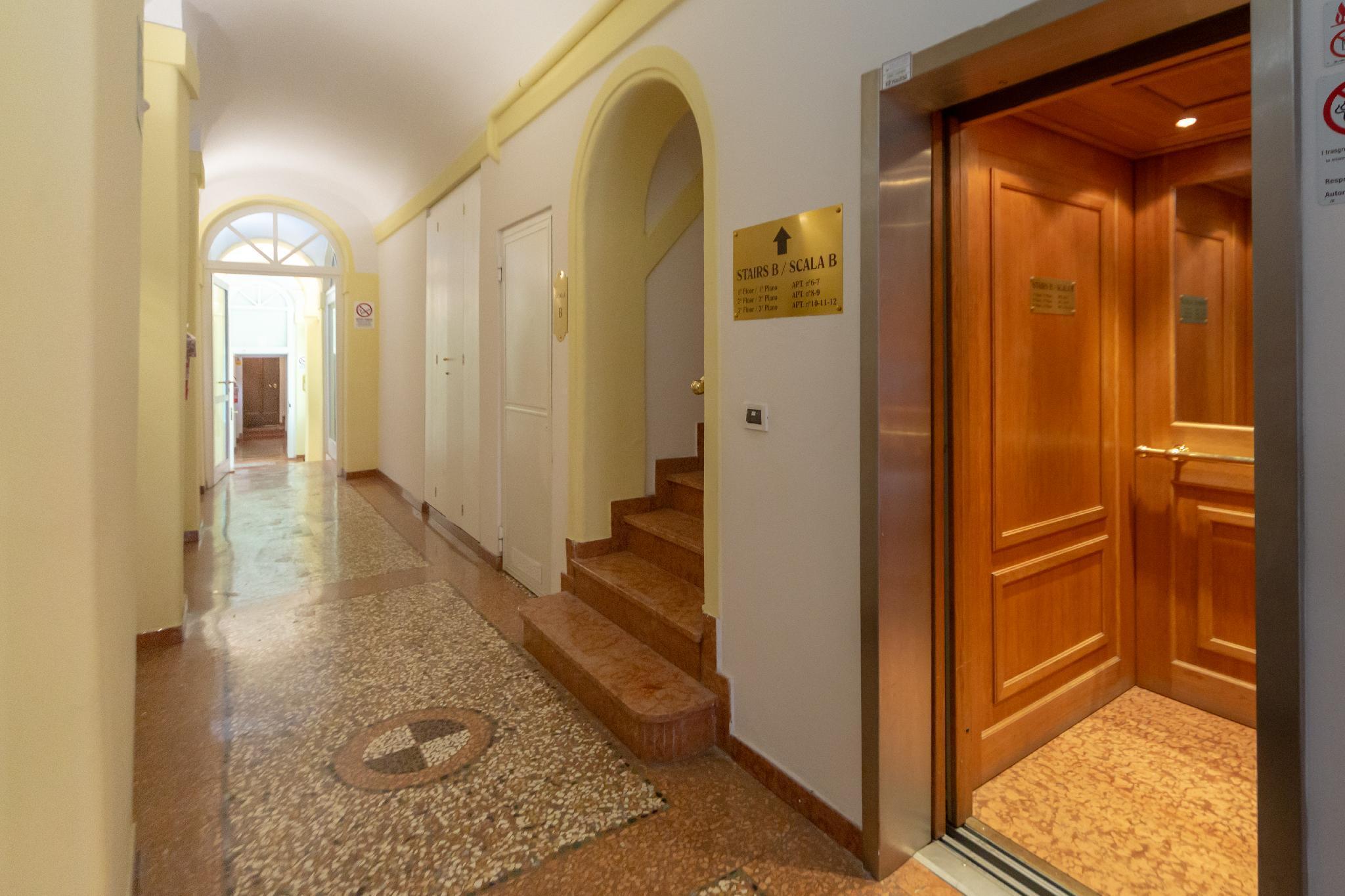 Santo Stefano Apartments