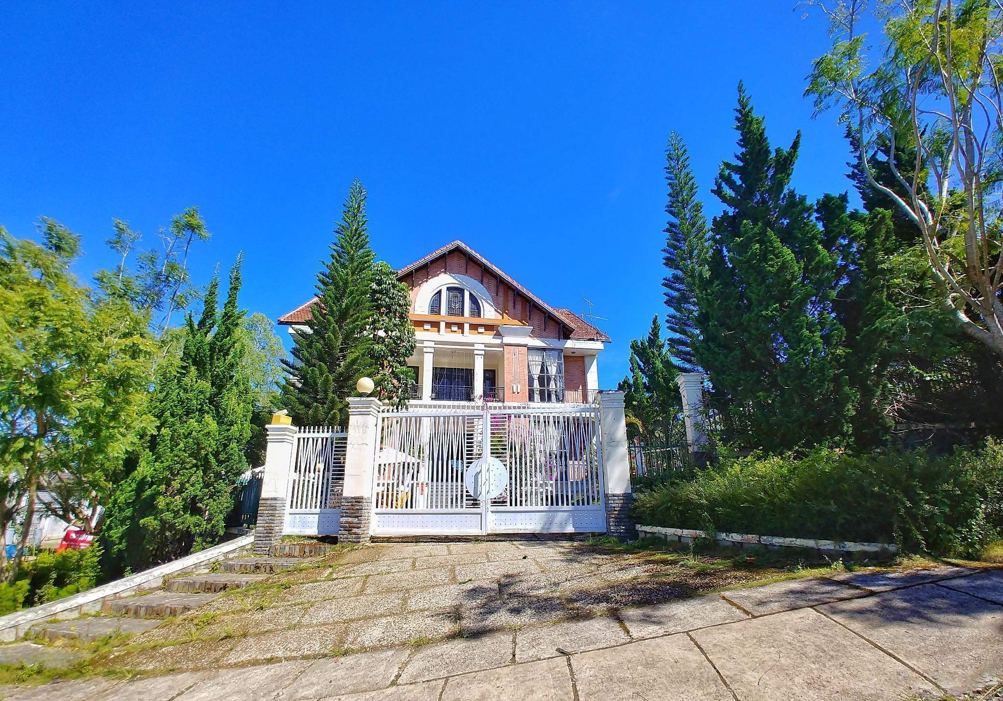 Moon's Hill Villa