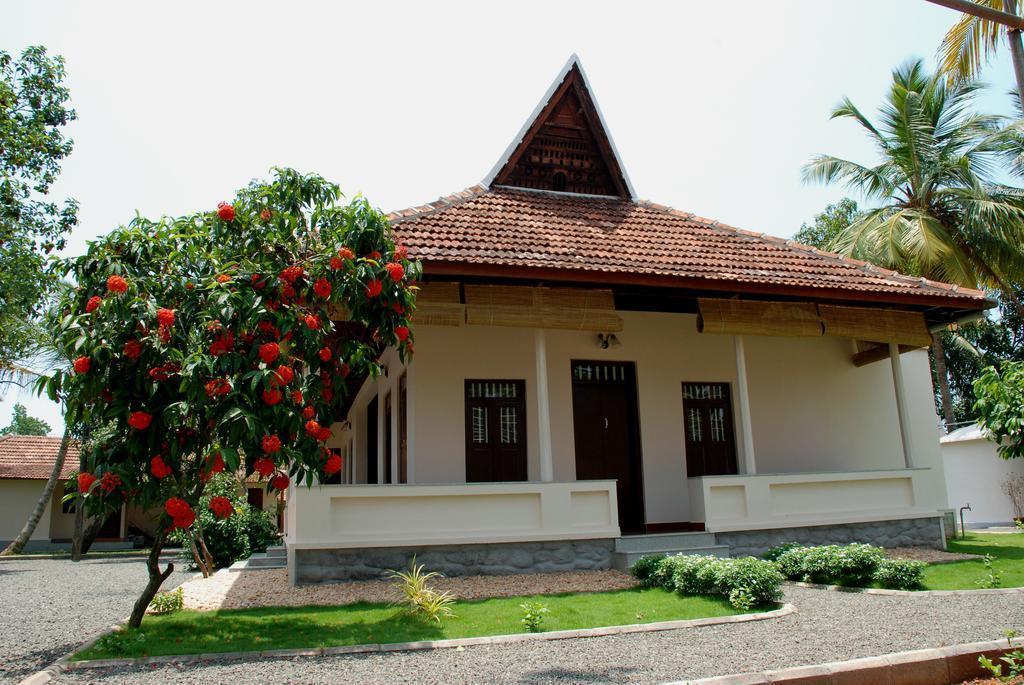 A Beautiful Backwater Heritage Resort