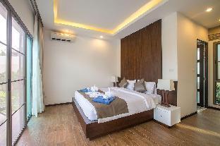 3 Bedrooms + 3 Bathrooms Villa in Phuket - 22038510