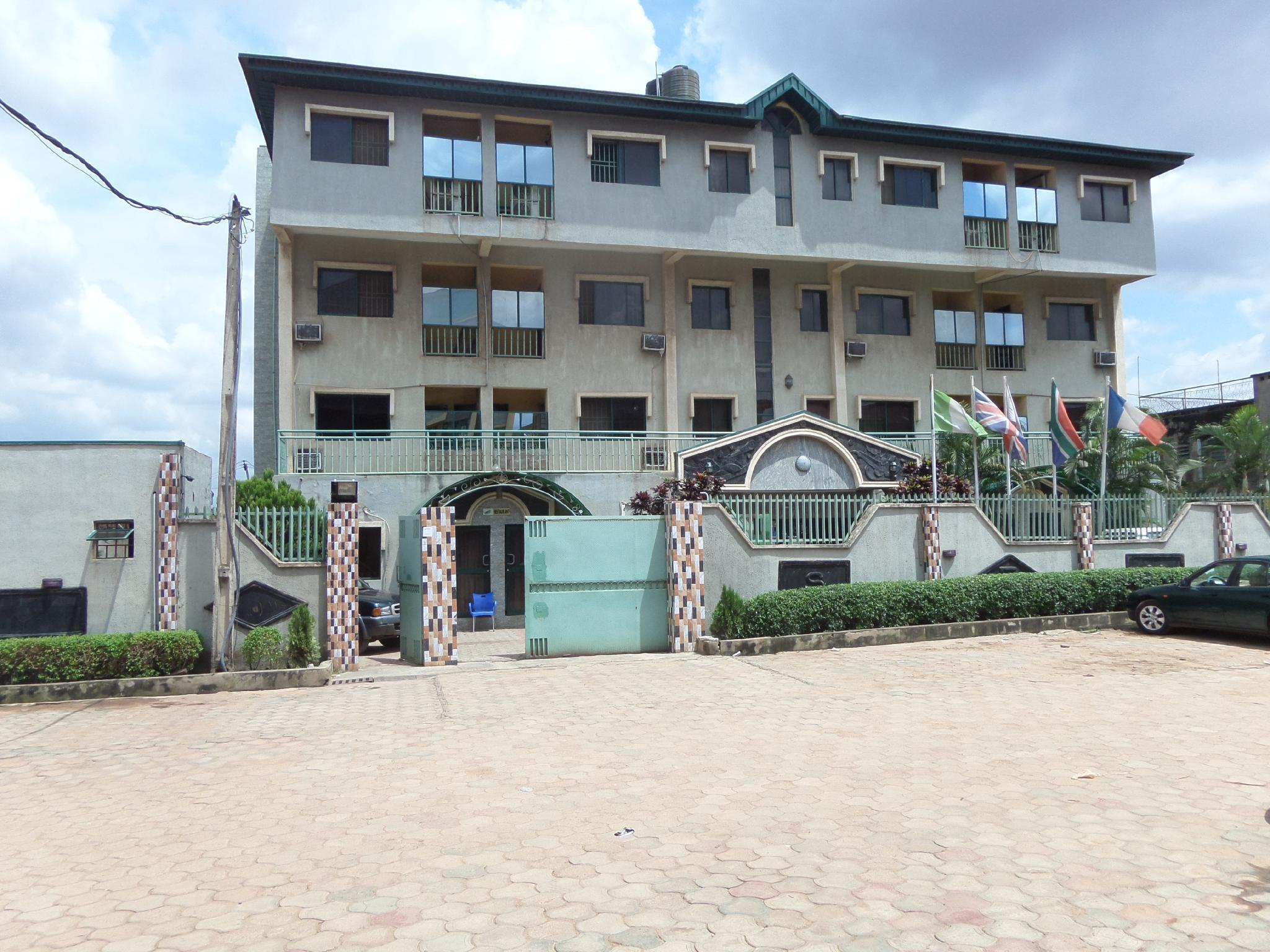 Scrolab Executive Hotel