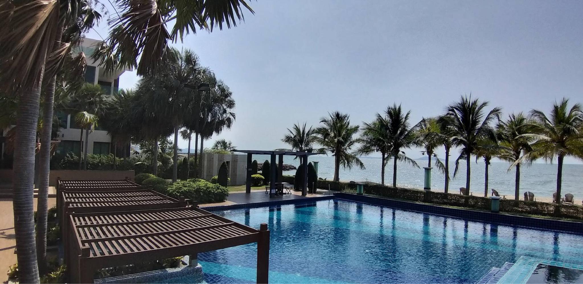 Luxury Private Pool Villa at Bang Saen, Chonburi Luxury Private Pool Villa at Bang Saen, Chonburi