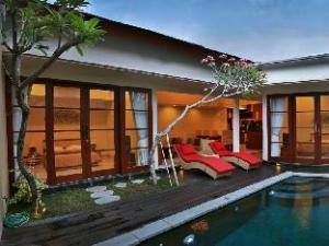 ฮอลิเดย์ เบนัว วิลลา (Holiday Benoa Villa)