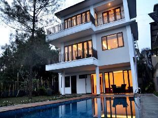 Asri Private Pool Villa Dago Pakar