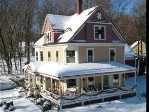 The Sleigh Maker Inn Bed and Breakfast