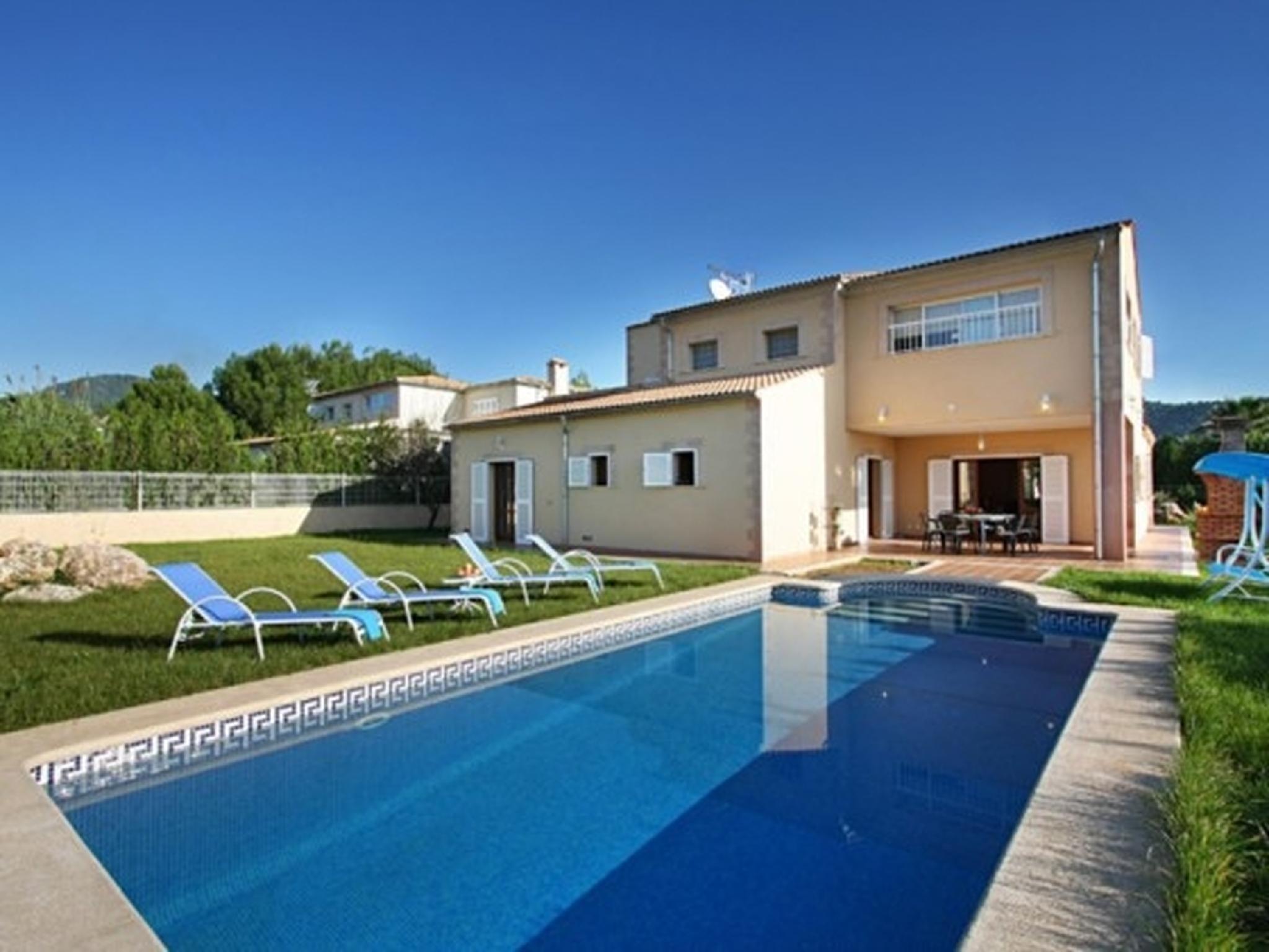 102097   Villa In Sa Pobla