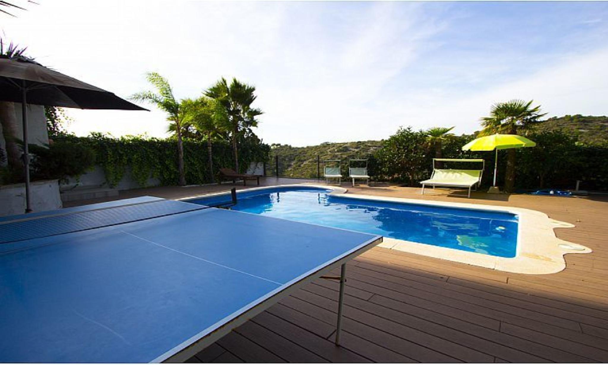 104703   Villa In Calafell