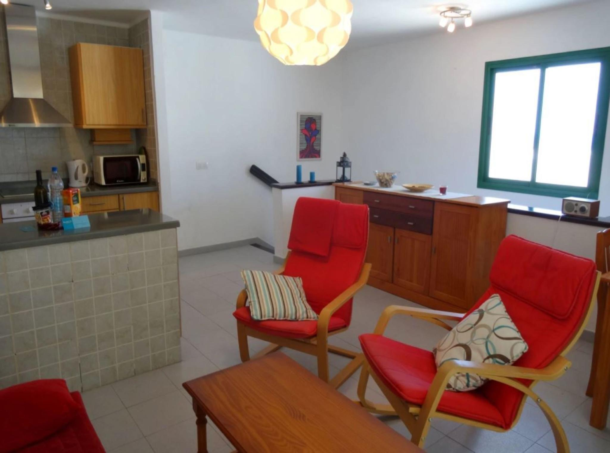 105786   Apartment In T�as