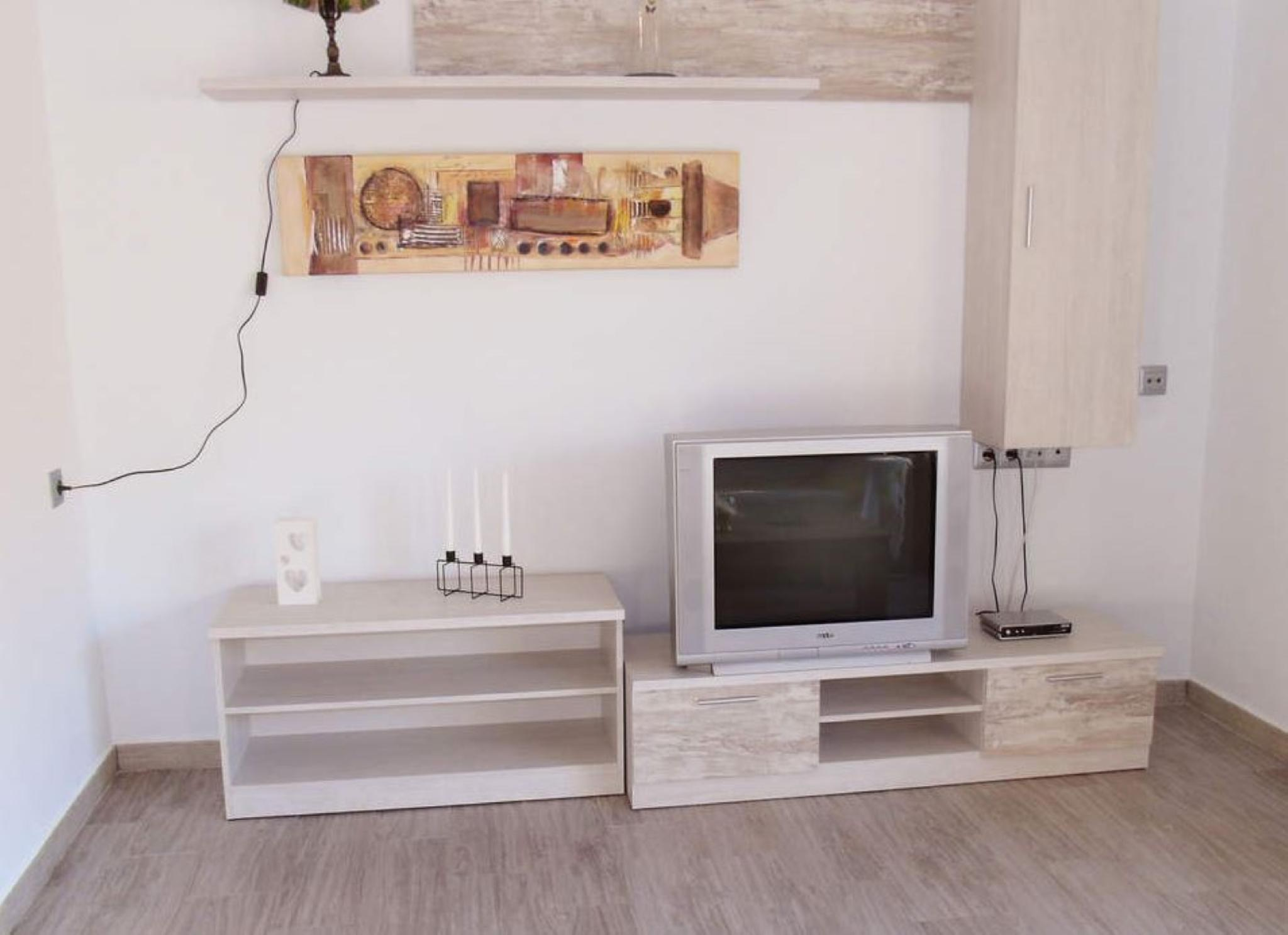 106954   Apartament In Torre Del Mar