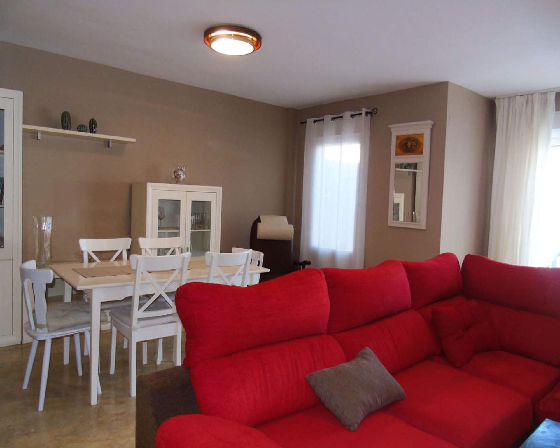 106929   House In Caleta Velez