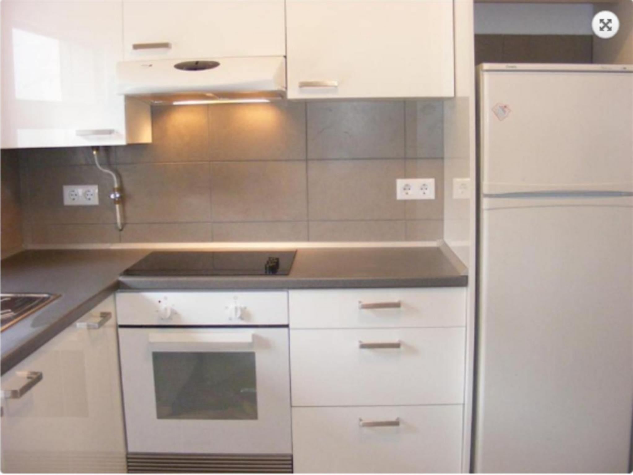 103531   Apartment In Llan��