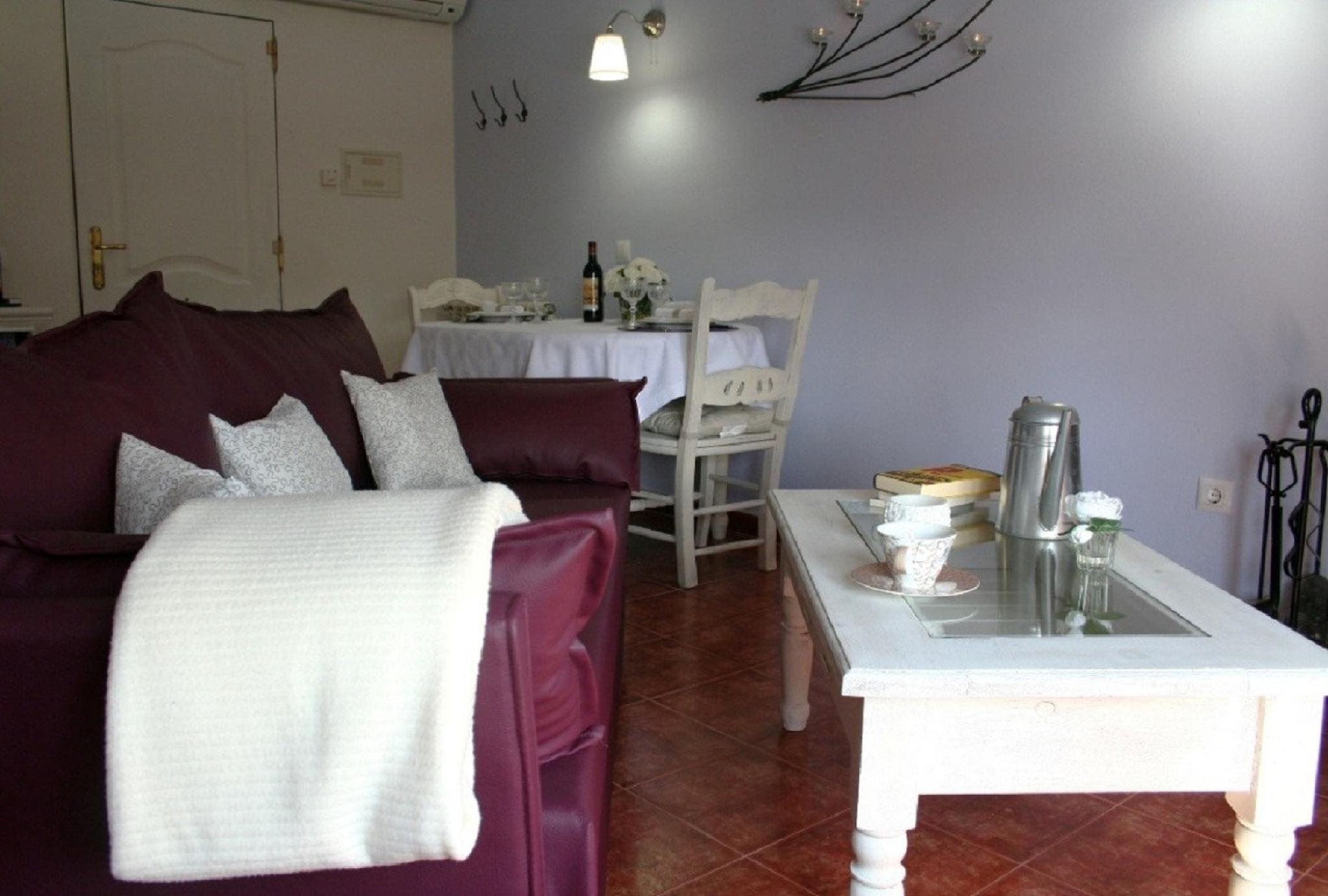 103353   House In Grazalema