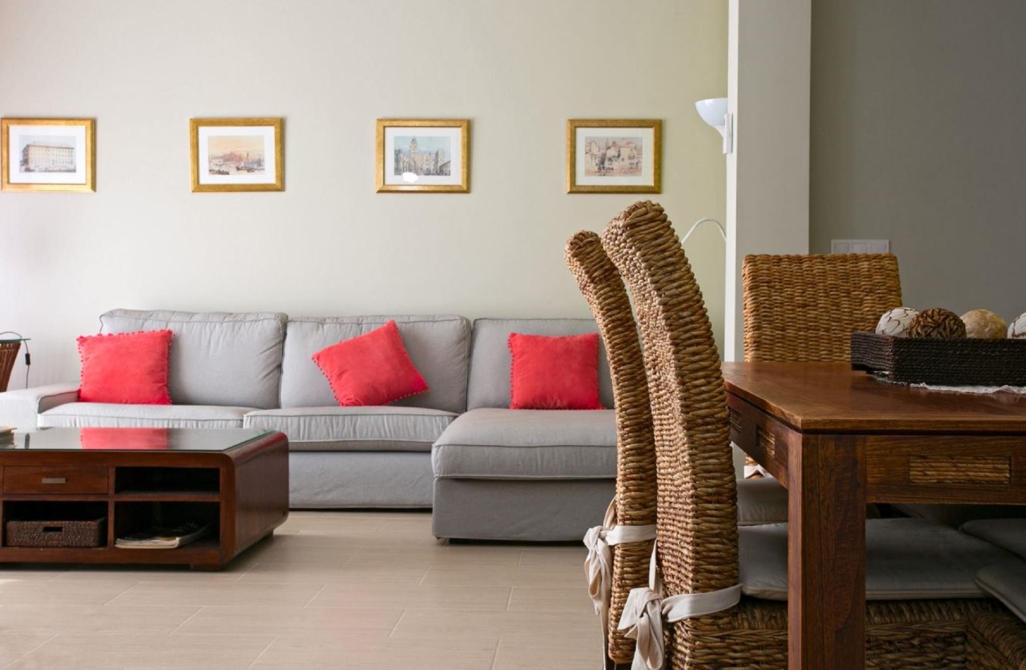 105966   Apartment In M�laga