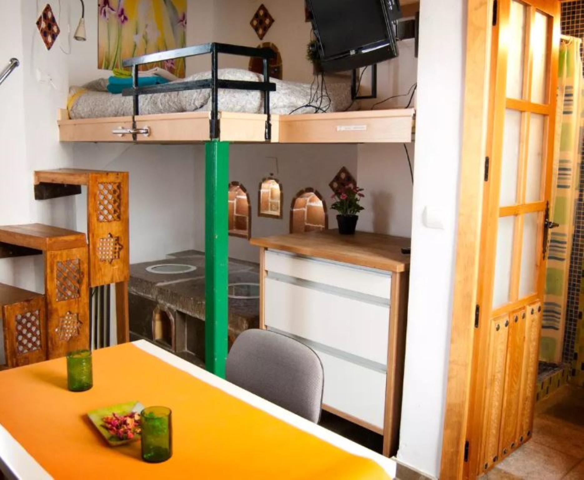 106771   Studio In Granada