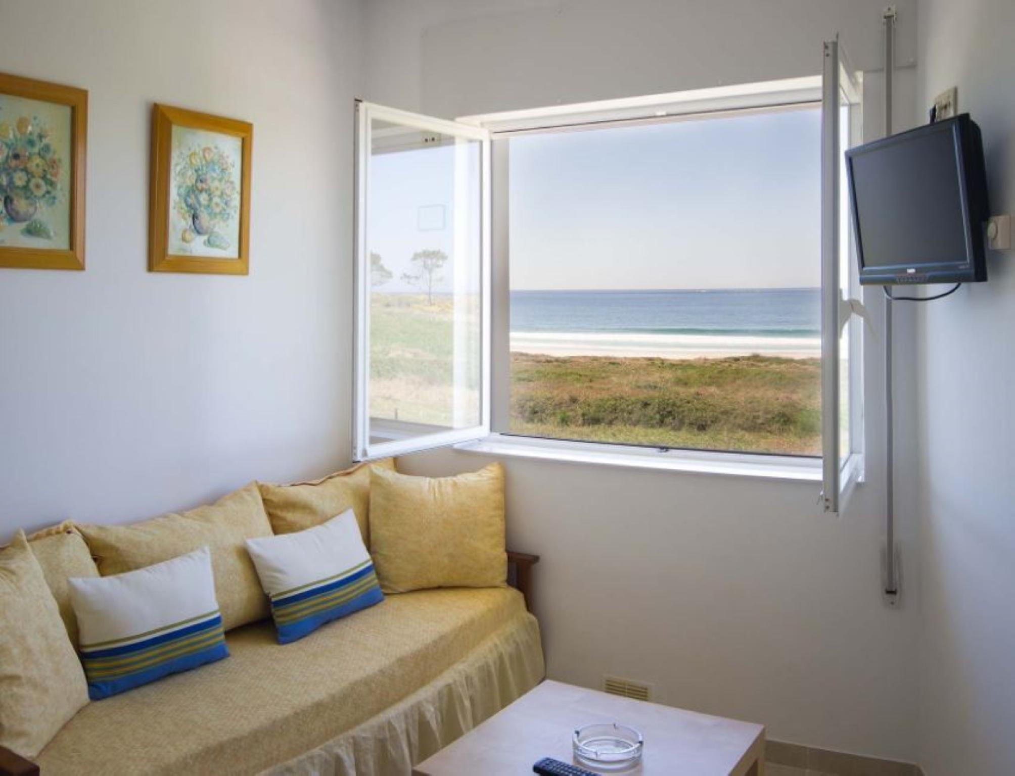 106401   Apartment In Lari�o