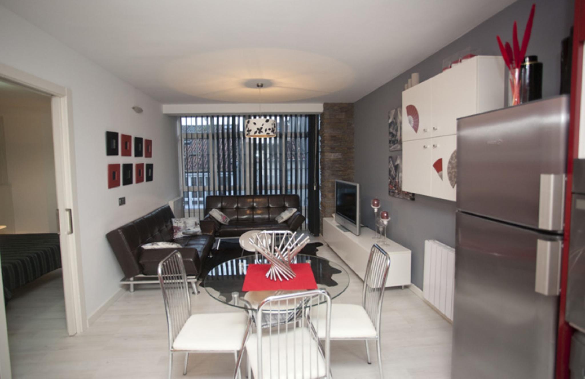 100267   Apartment In Santiago De Compostela