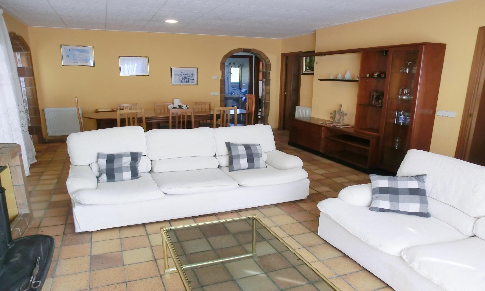 104650   Villa In Blanes