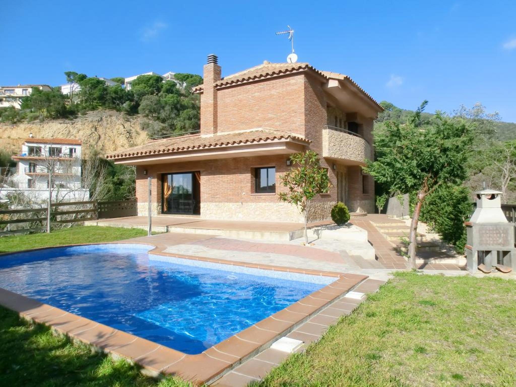 106148   Villa In Lloret De Mar