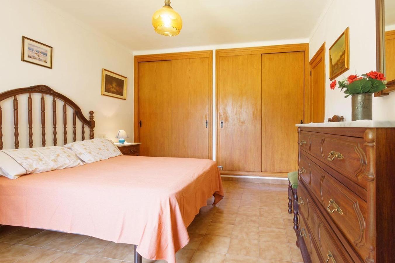 103234    Villa In Pollena