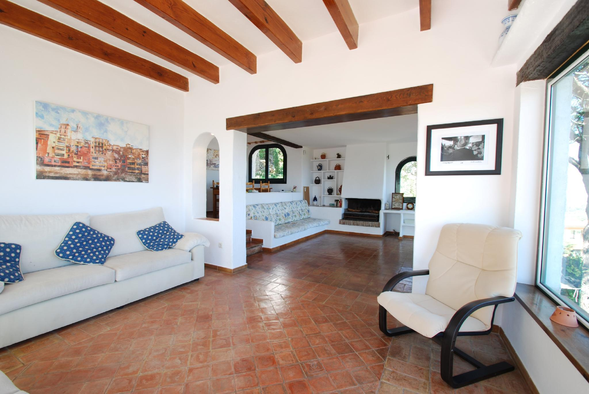 106603   House In Begur