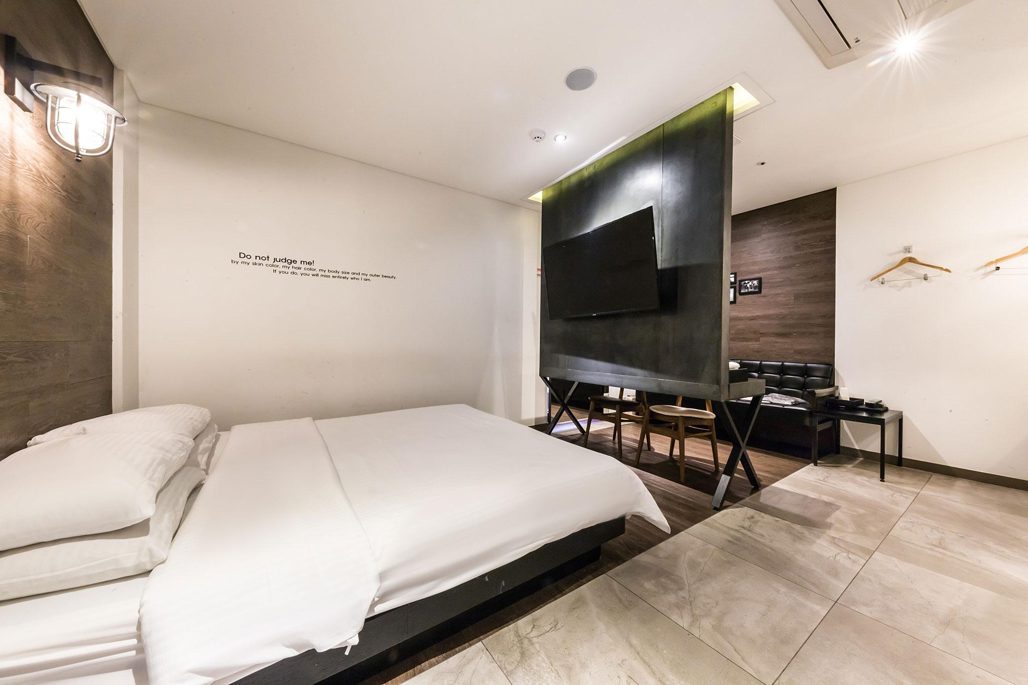 Hotel Hertz