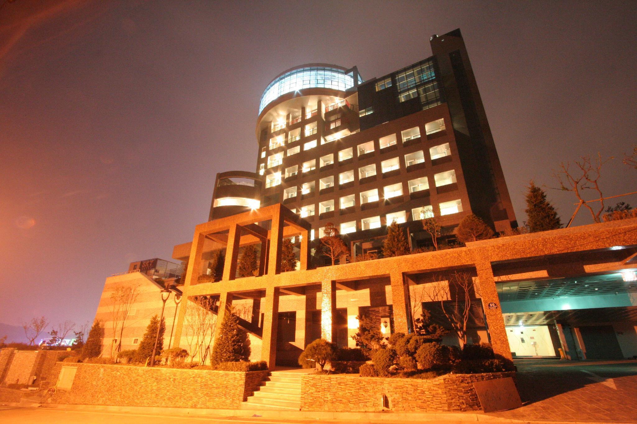 Hotel Wiz