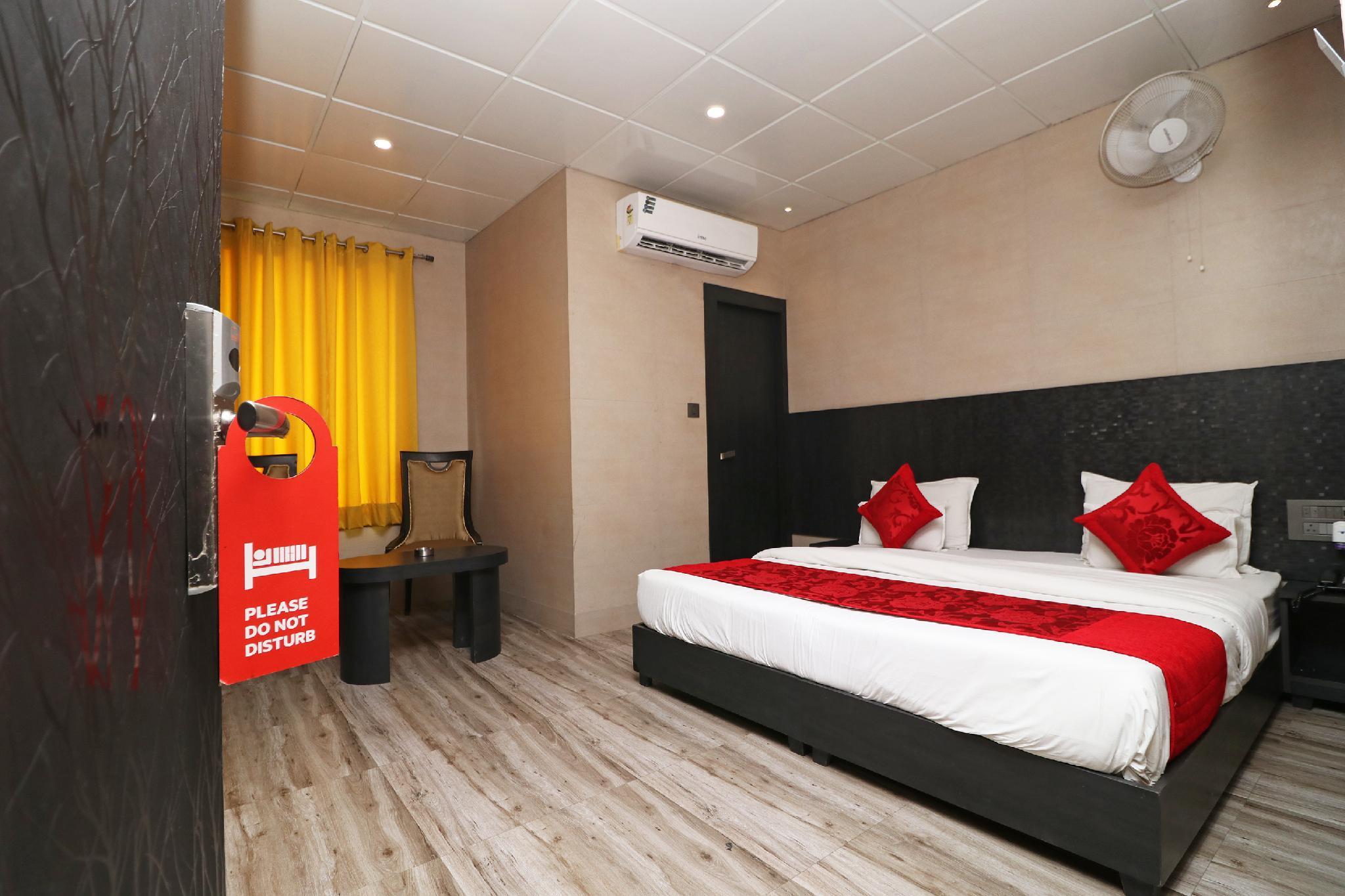 OYO 14947 Ace Prime Hotel