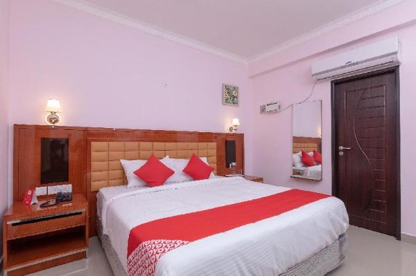 OYO 17224 Swarnam Residency Chennai