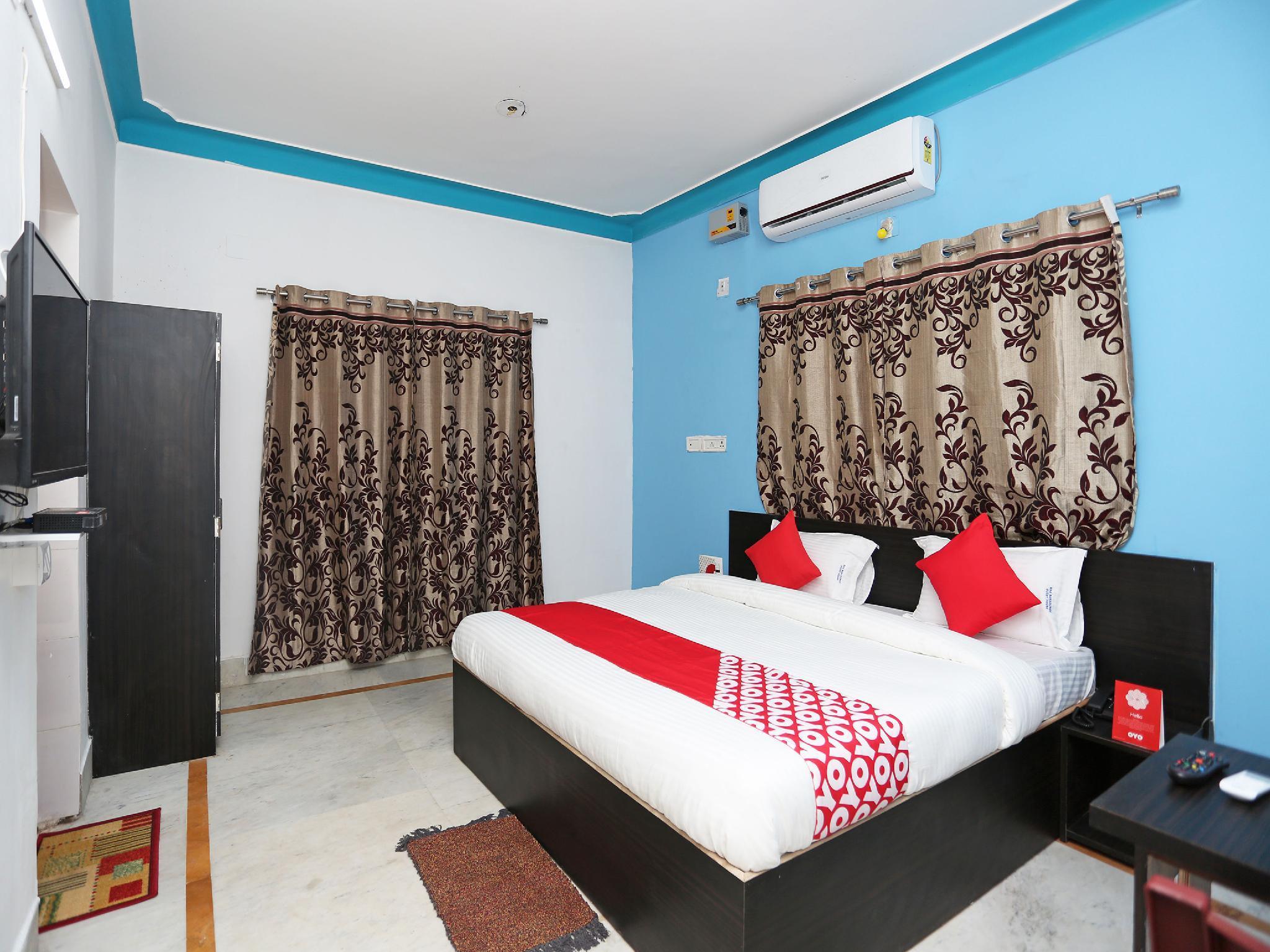 OYO 15504 Maa Banadurga Guest House