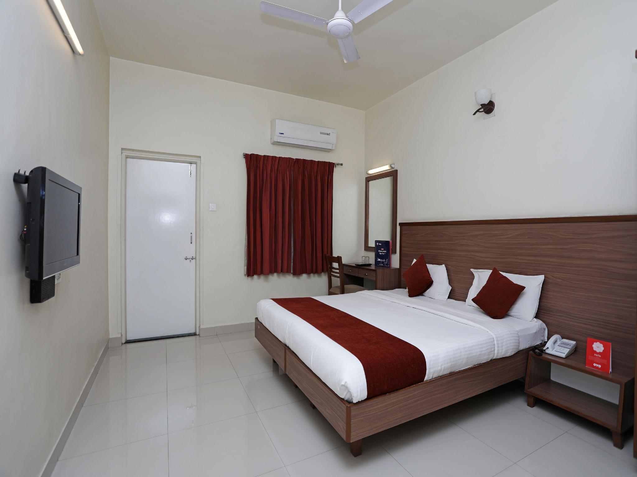 OYO 4104 Surya Villa