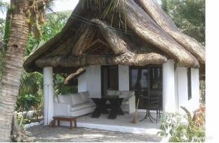 picture 1 of Modern villa akemaku  2