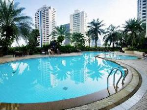 Rembrandt Towers Serviced Apartments