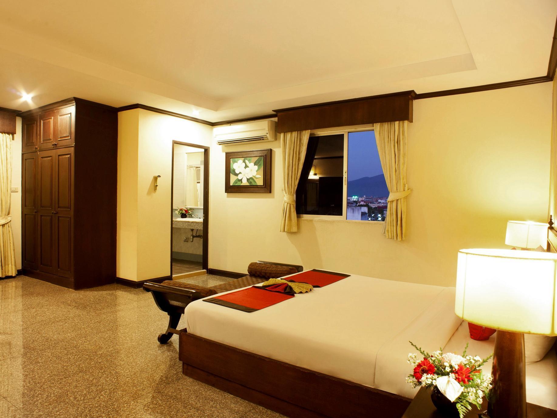 fx hotel royal peninsula