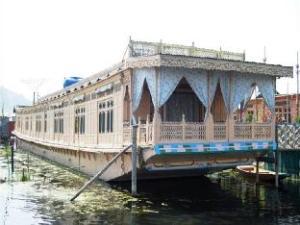 Howrah Houseboat