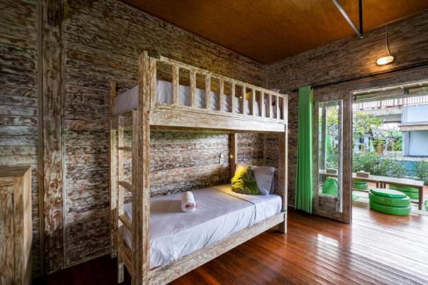 The Green Groves Hostel