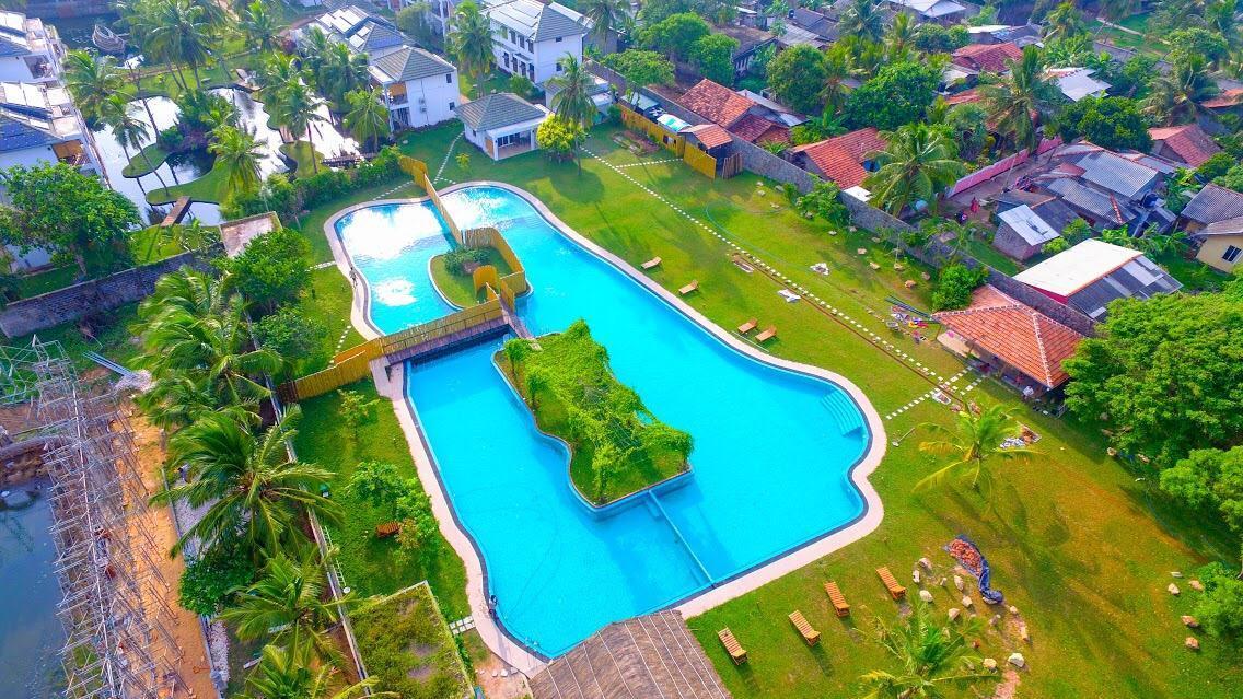 Amaluna Resort