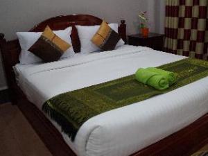 Phetphaylin Hotel