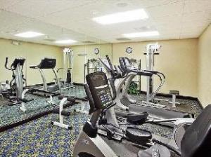 Holiday Inn Express & Suites Glenpool