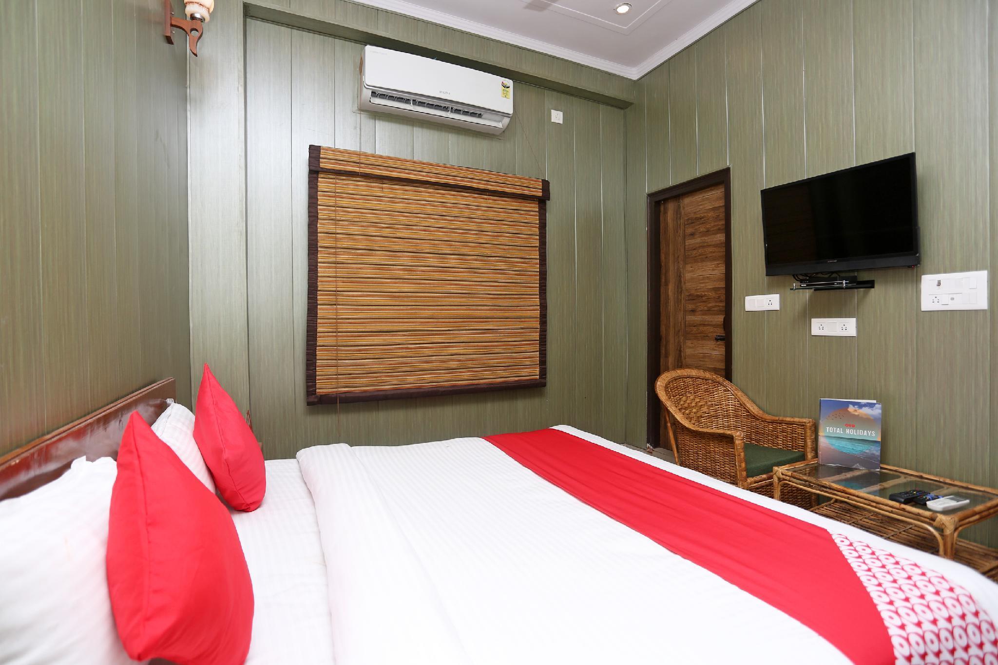 Hotel Saptrishi