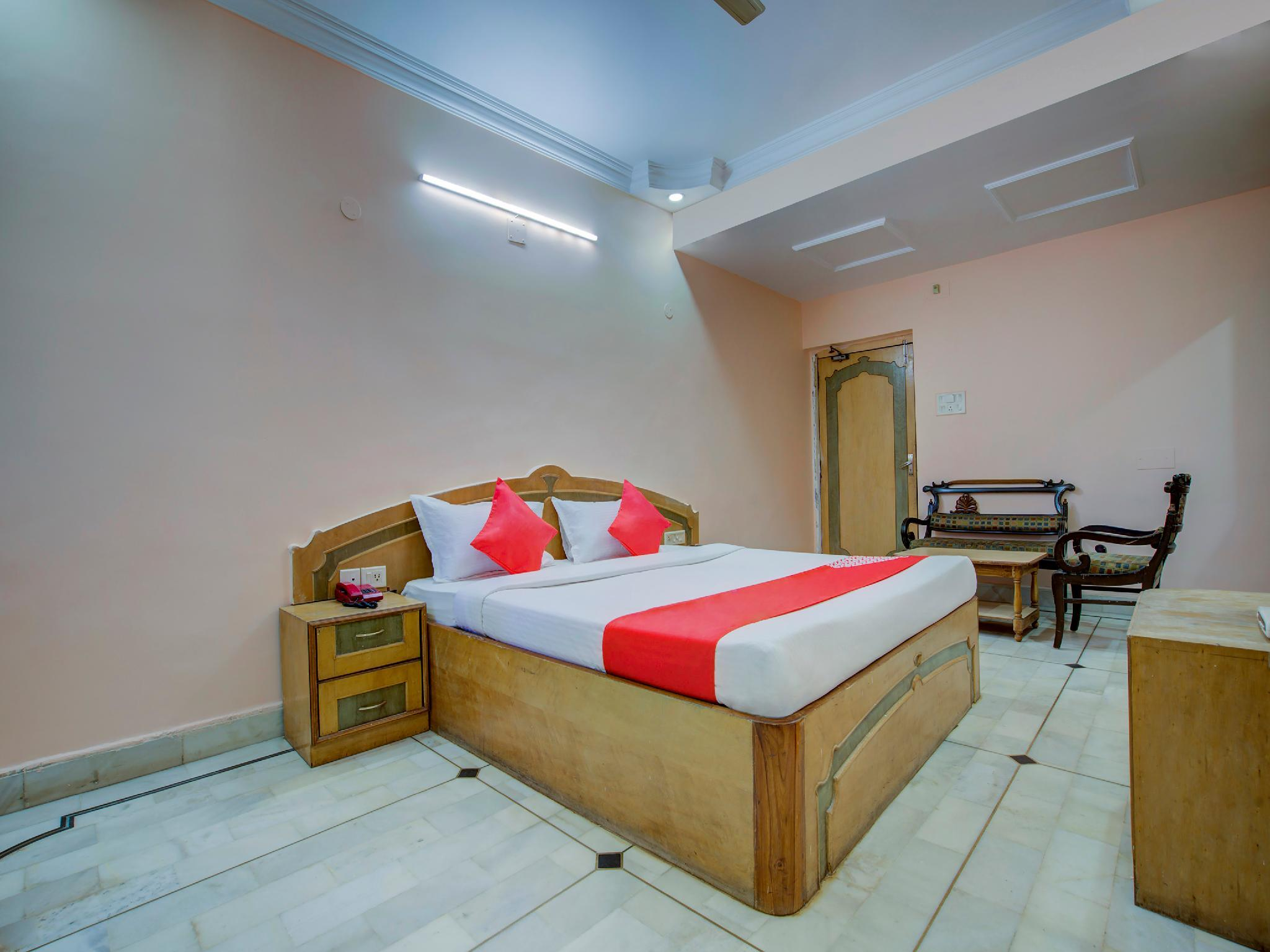 OYO 3031 Hotel Kuber Palace