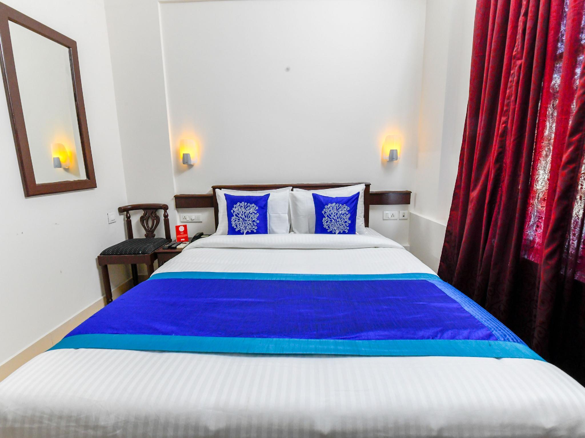 OYO 11309 Hotel Green Land Residency