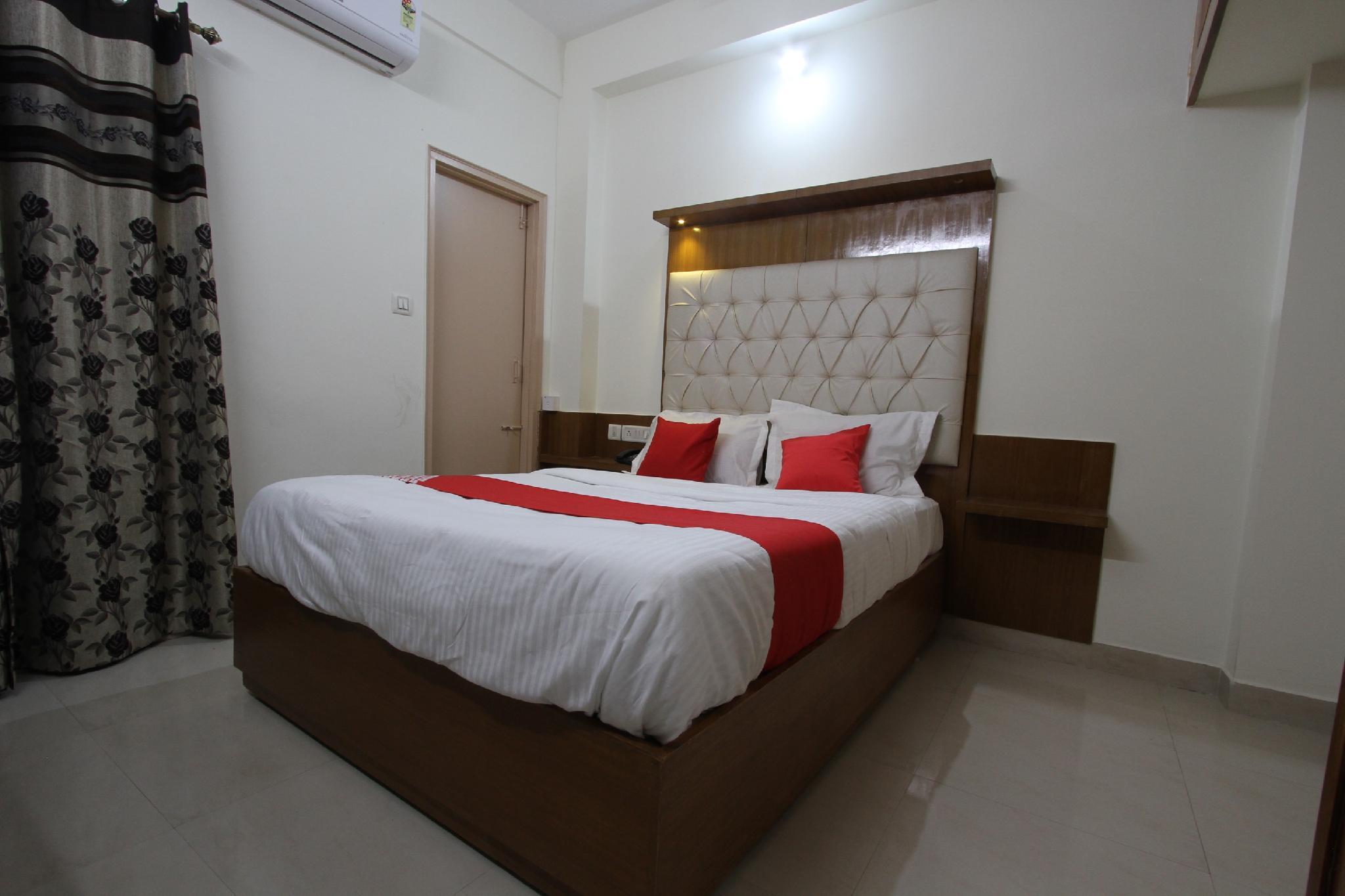 OYO 25017 Alkhaleej Apartment
