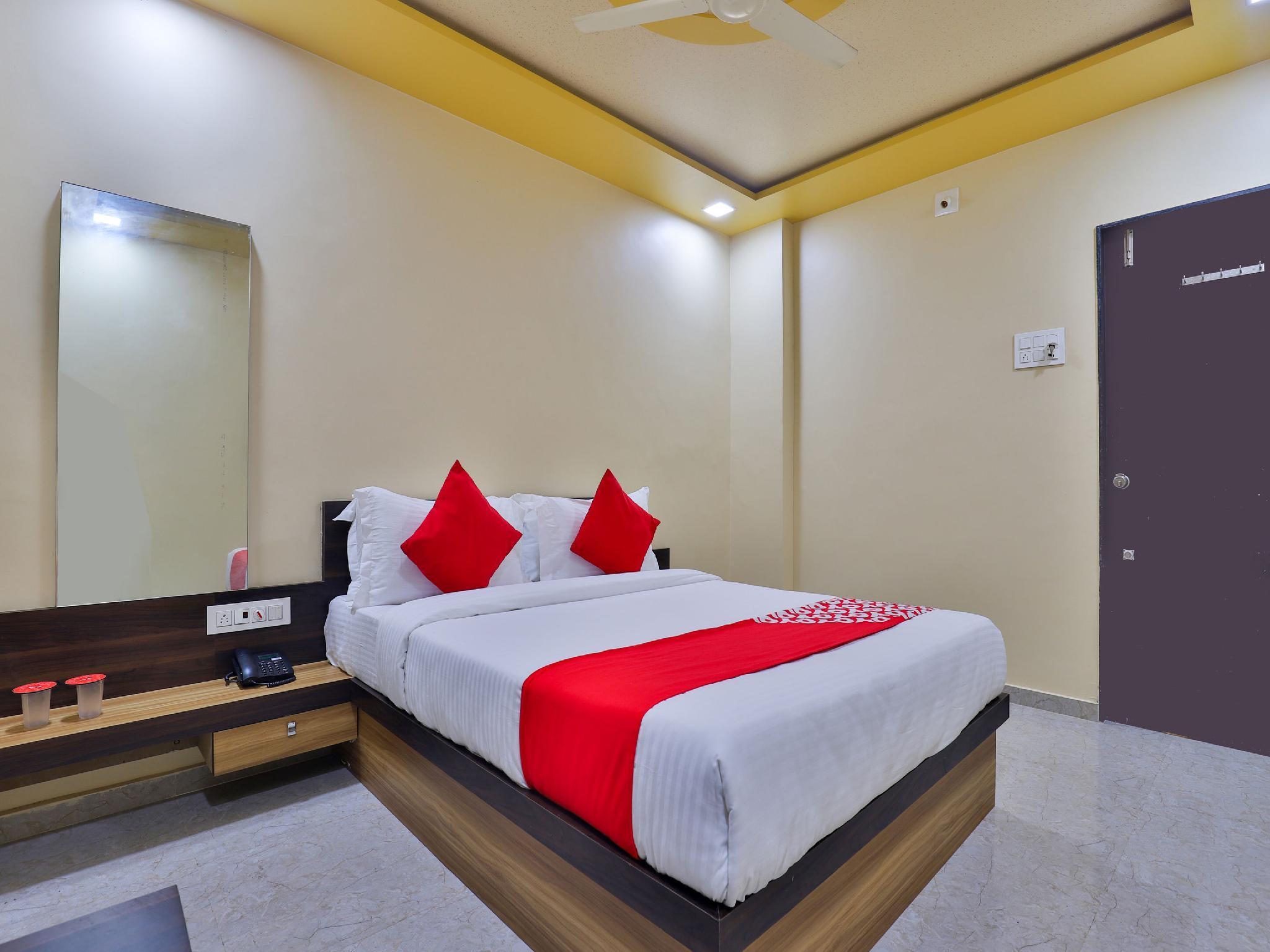 Hotel Daksh Somnath