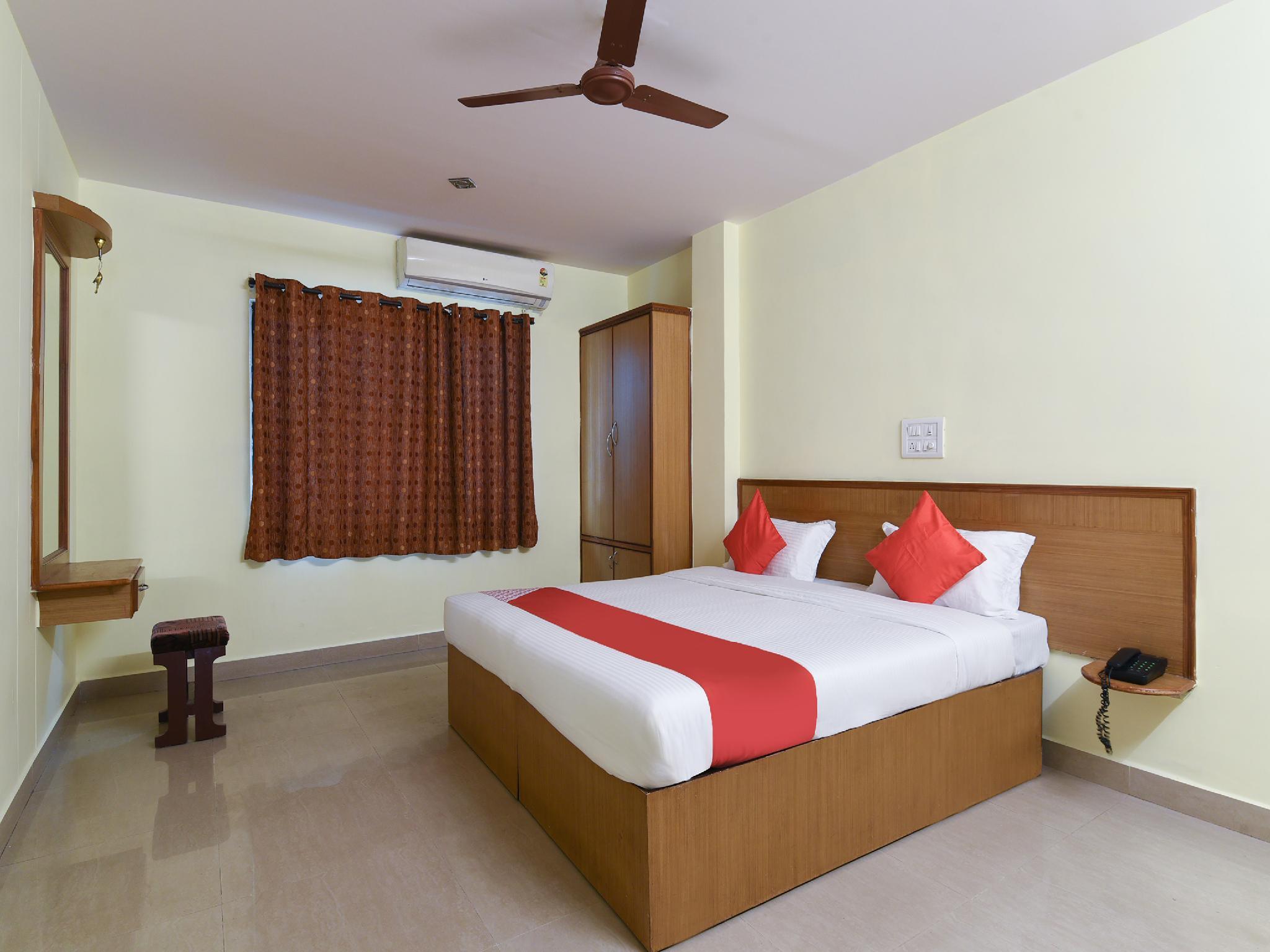 OYO 18993 Hotel Jyoti Swaroopa