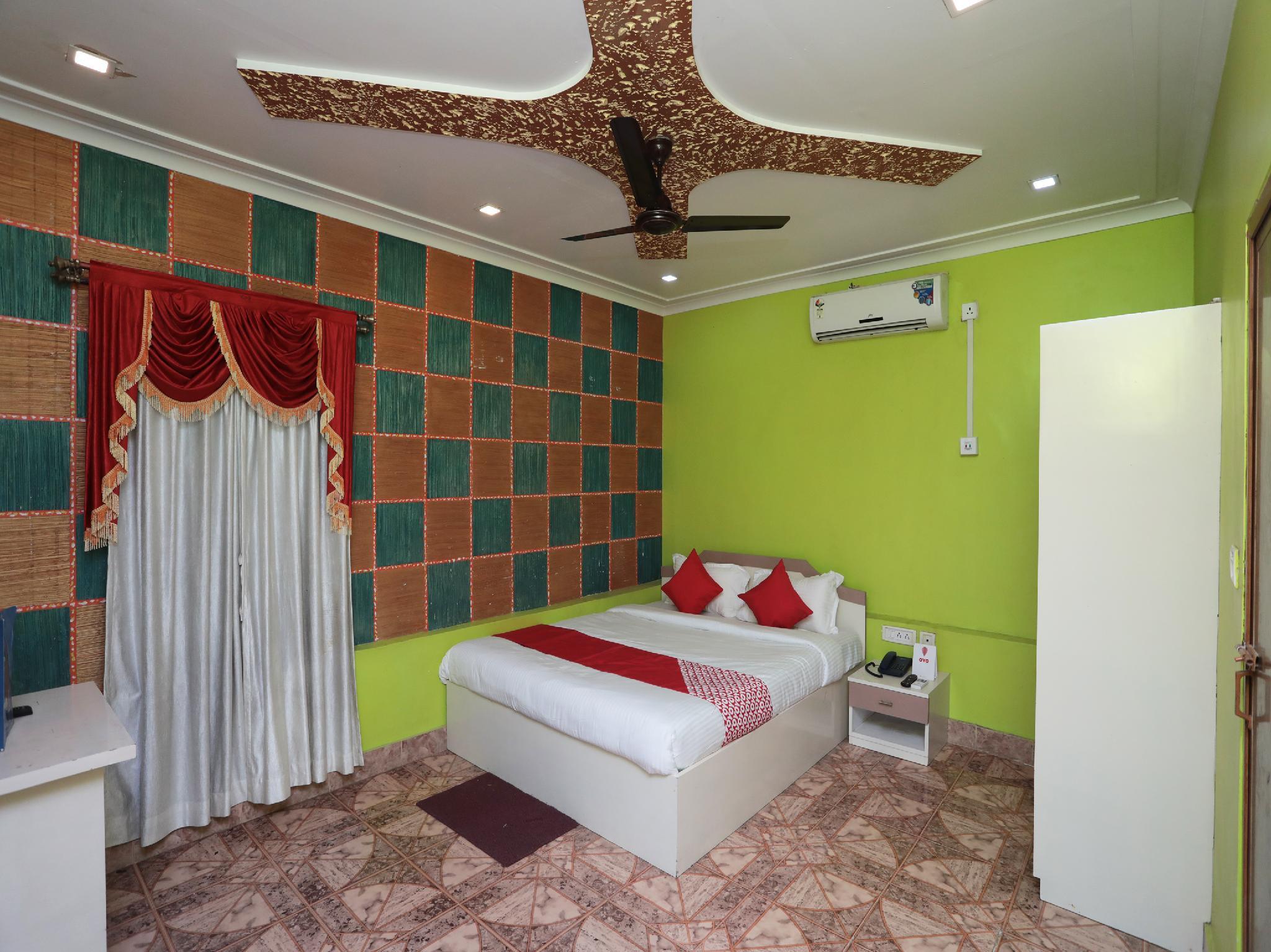 OYO 16977 Megha Resort