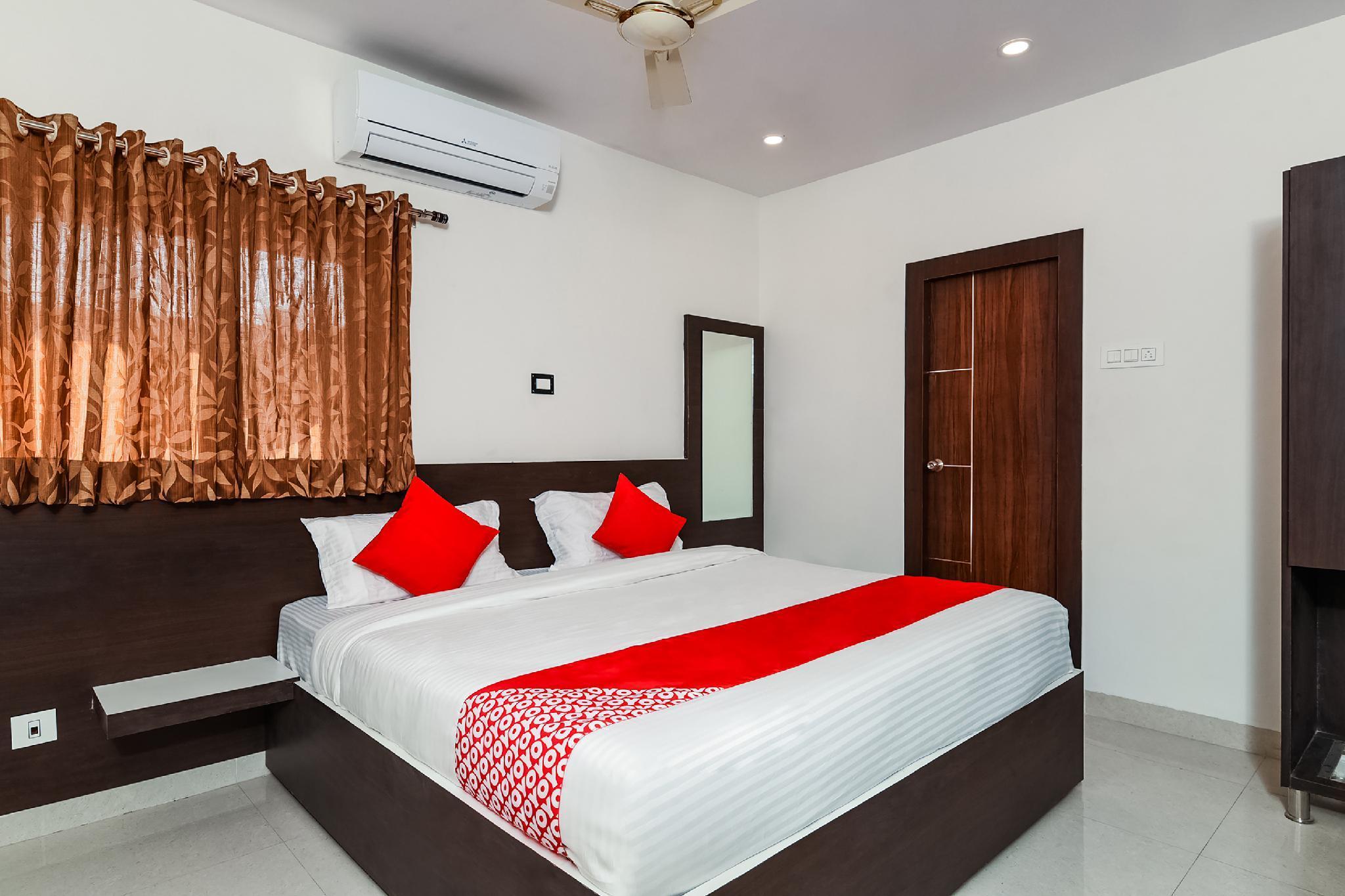 OYO 16048 Sri Raghavendra Inn