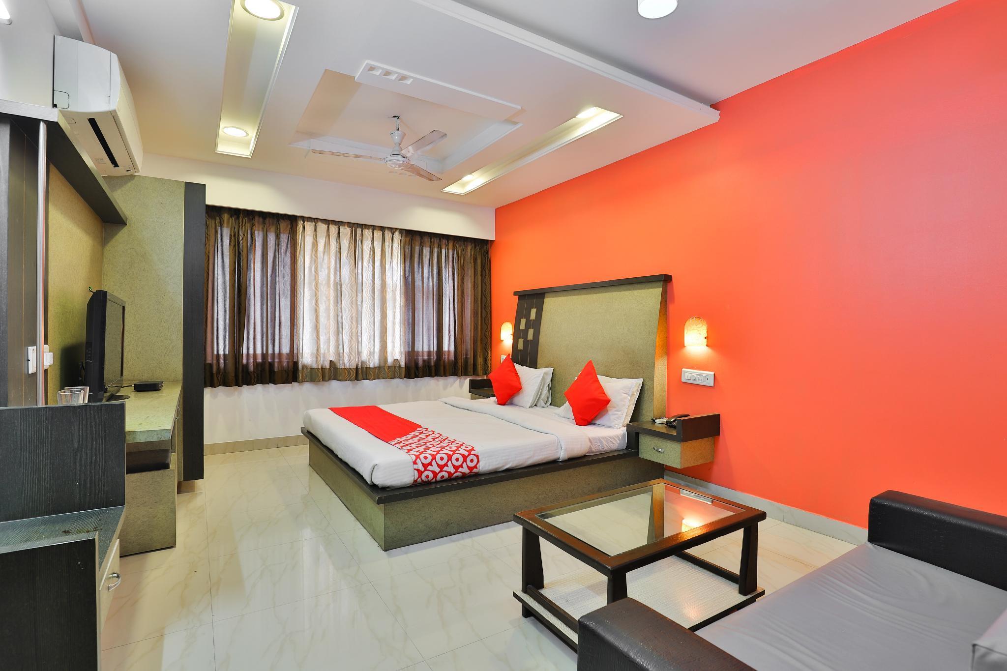 OYO 22574 Hotel Deep Palace