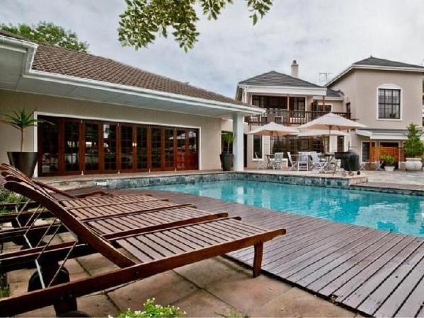 Sir Roys Guest House Port Elizabeth